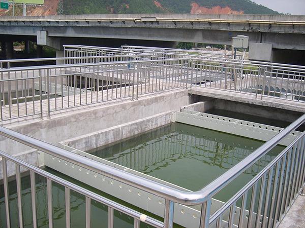 电镀废水的回收利用技术研究