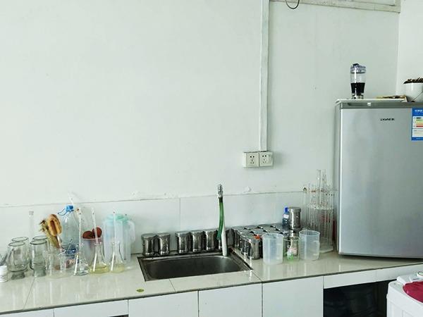 彗星化工-实验室